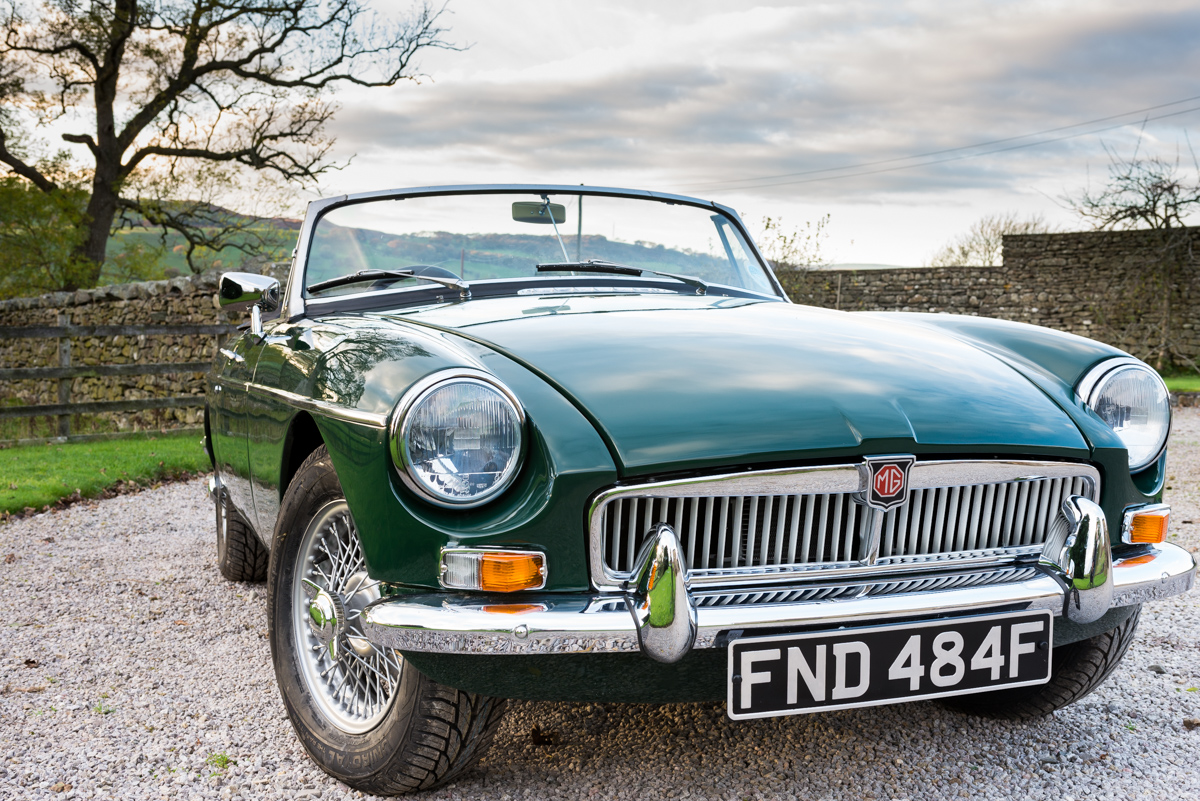 Historic Classic-car Hirer\'s Guild, England.